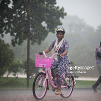 Safety when you ride bicycle in the Rain